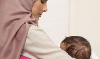 Bila Bayi Suka Menyusu Di salah satu Payudara