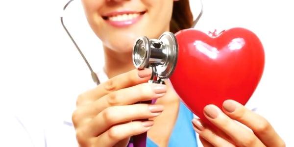 Menyusui Menguntungkan untuk Kesehatan Jantung Ibu