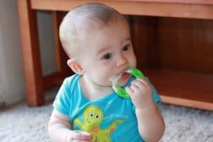 Teether Ternyata Bisa Berbahaya Bagi Perkembangan Bayi