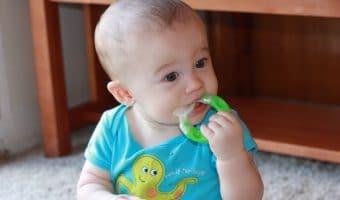 Penelitian: Teether Ternyata Bisa Berbahaya Bagi Perkembangan Bayi