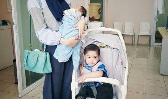 Bayi Cegukan Setelah Minum ASI: Gejala, Penyebab dan Penanganan