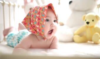Cara Mudah Membersihkan Lidah Bayi dan Manfaatnya